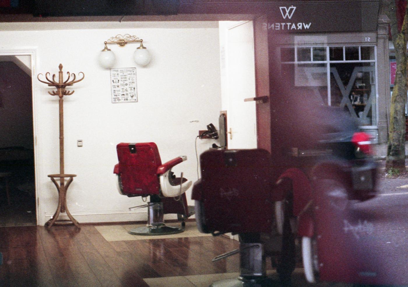 012-Barbers-by-Steve-Jones
